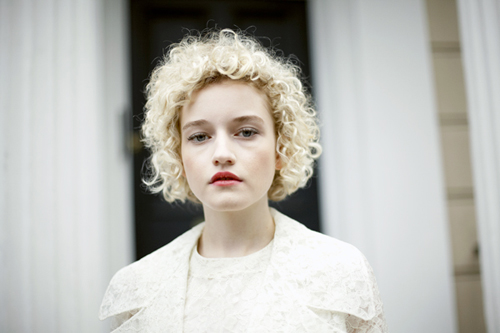 julia garner agencies